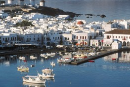 Mykonos_Harbor_Cyclades_Greece